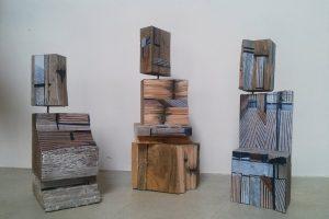 sculpture hommes de bois-  bois  papier peinture